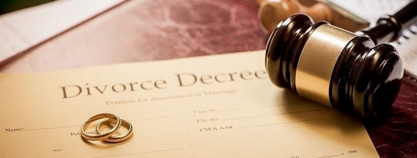 Things to Consider When Hiring a Divorce Lawyer in DuPage County